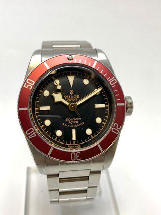 Tudor Black Bay 79220R red
