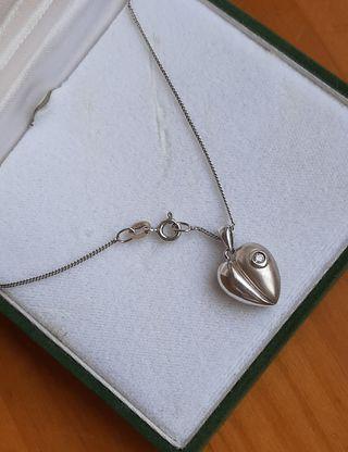 Cadena 925 + colgante de plata 925 y diamante.