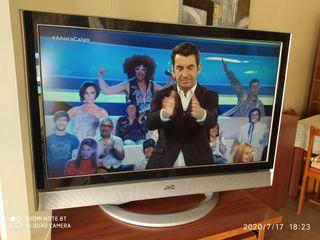 "TV JVC 37"" en buen estado"