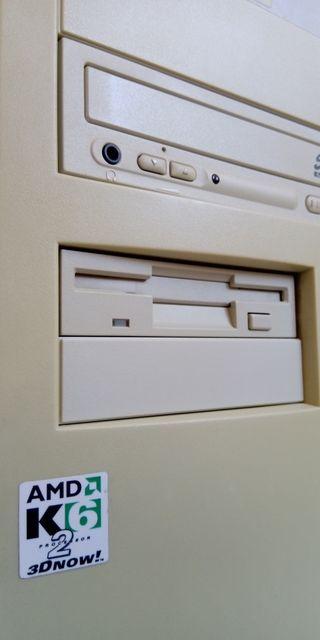 PC Pentium K6 / 166MMX
