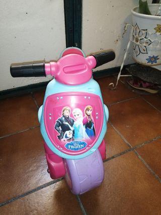 Moto/Correpasillos Frozen