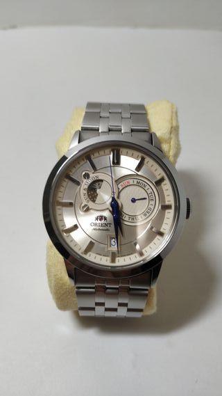 Reloj Orient Sun & Moon hombre automático.
