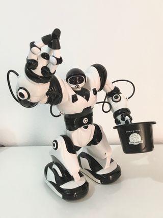 Robot de juguete, Robosapien. Giochi Preciosi.