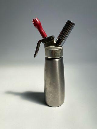 Sifón de cocina con recambio de aire comprimido