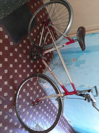 bicicleta vintage. restaura o adornal.