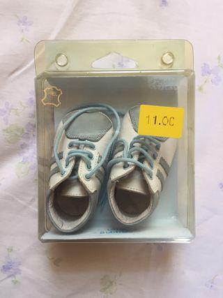 Zapatos bebé de segunda mano en la provincia de Murcia en