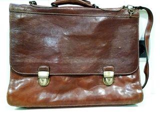Cartera de cuero marrón vintage