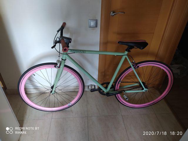 Bicicleta Fixi Kamikaze