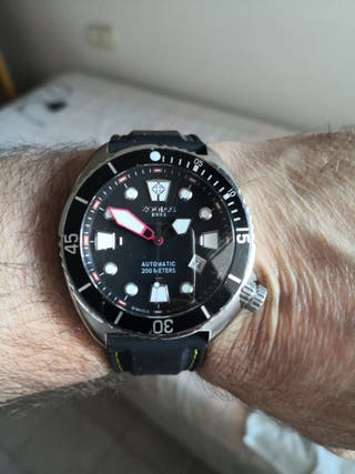 ZODÍAC DIVERS CLUB AUTOMATICO 44MM