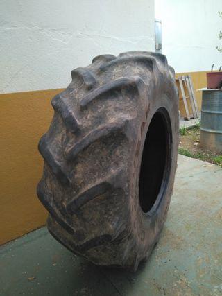 se vende rueda tractor R24 16.9