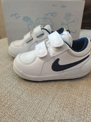 zapatillas deportivas NIKE bebe niño