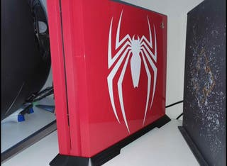 PS4 pro 1TB Spider-Man edition