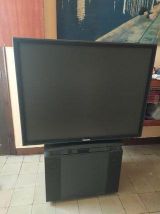 Television Philips antigua muy grande