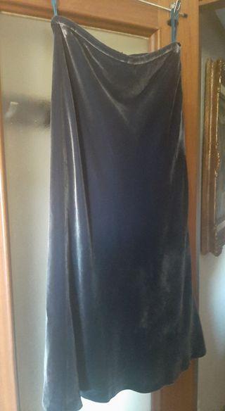 Falda de terciopelo midi