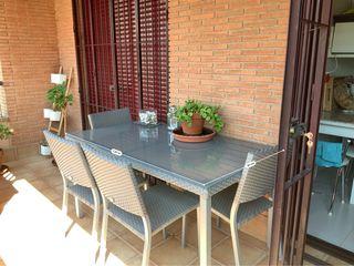 Conjunto mesa terraza-jardín