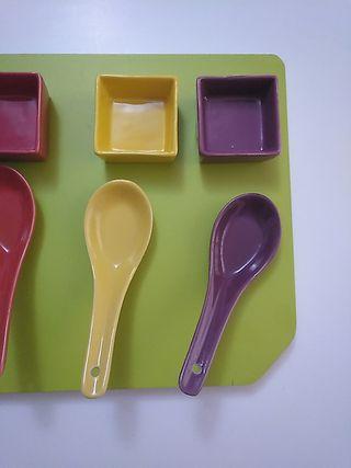 Juego de cuencos y cucharas para salsas