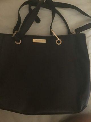 Caviella black shoulder bag