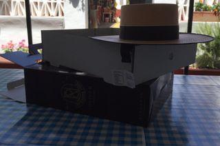 Sombrero de ala ancha Panamá