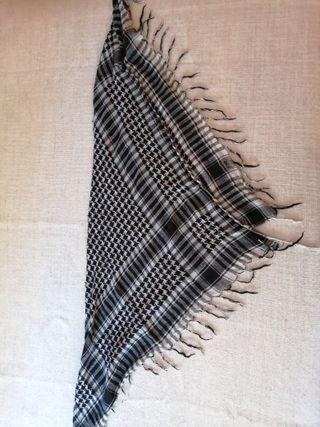 pañuelo para el cuello cuadrado
