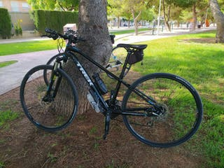 Bicicleta híbrida trek 8.3 ds