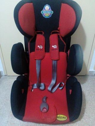 Silla de coche de bebé seguro marca midas.