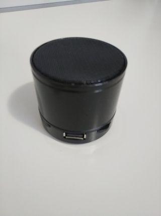 bluetooth mini speaker.