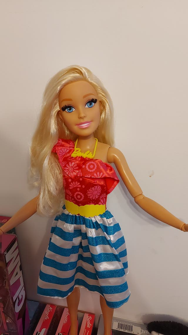 barbie 70 cm n'est fashion Friend