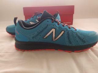 New Balance 590V4 (2E Width) Trail Running Shoes
