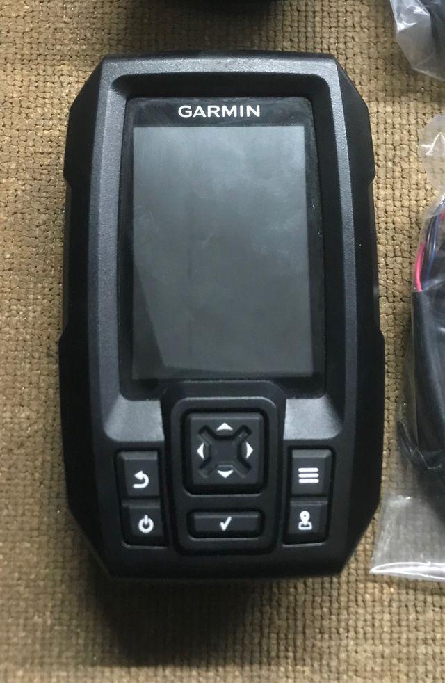 Sonda GPS plotter Garmin Striker 4