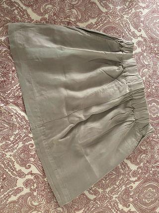 Falda mini sarga fina color gris cintura elastica