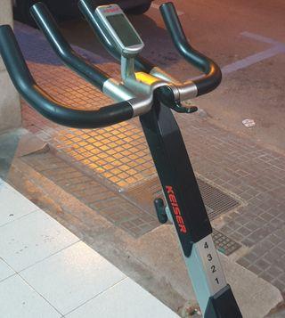 bicicleta spinning Keiser M3