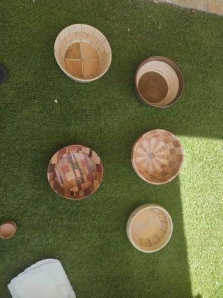 Fruteros artesanales de madera natural
