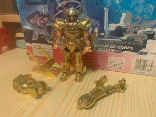 Caballero de oro Afrodita de piscis saint seiya