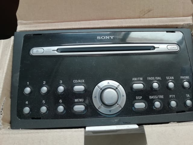 Sony 6 CD ford