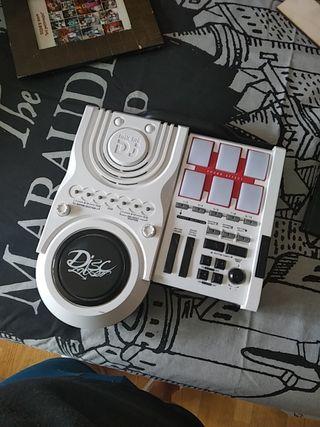 Mesa de DJ para niños.