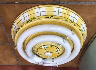 Lámpara de cerámica artesana