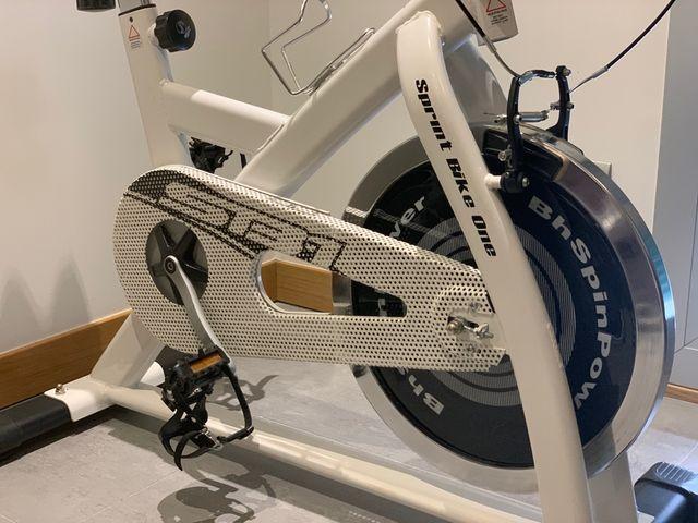 Bicicleta indoor BH