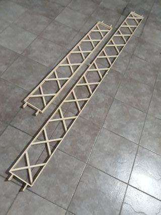 Conjunto de rejas de hierro.
