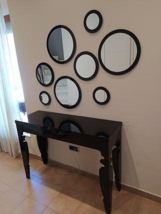 mueble: recibidor, espejos entrada y lámpara.