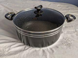 Tri-Star non-stick cookware pot