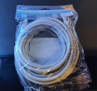 Cable de red RJ45 de 5 metros. Categoría 6