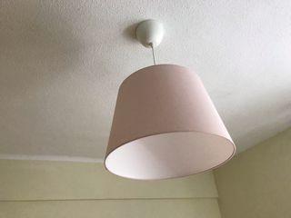 Lámpara techo.