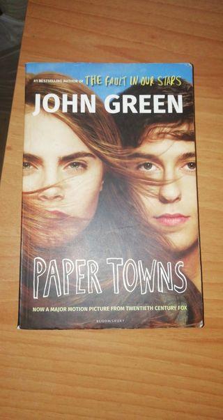 Libro juvenil PAPER TOWNS de JOHN GREEN