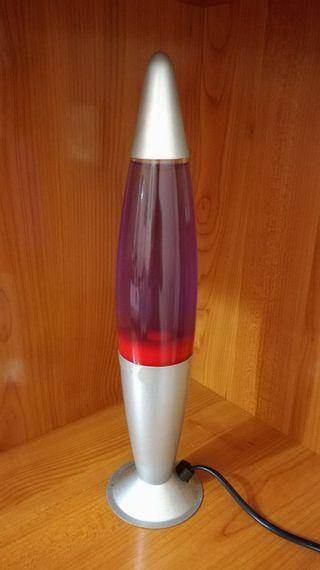 Lámpara de lava de color rojo