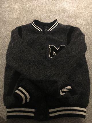 Lovely grey jacket girls size 9-10