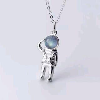New 925 Sterling Silver Cute Astronaut Necklace