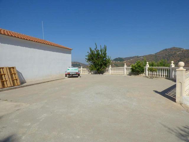 Cortijo en Torrox (Torrox, Málaga)