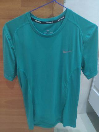 Camiseta Nike Dry Fit S