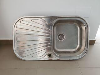 Fregadero de acero inox.