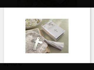 Marcapagina Cruz con biblia. Regalo comunión o bod